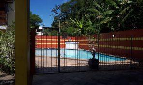 Casa de condomínio de 3 andares e 4 quartos na Taquara