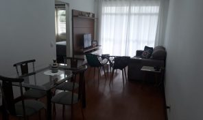 Apartamento de 2 quartos mais dependência de empregada na Taquara